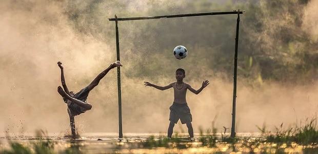 Calcio, per ripartire serve la pubblicità delle scommesse